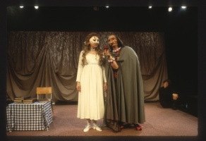 1990 Snow White and the Dwarf by Appleseed players